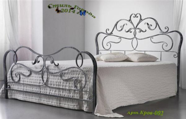 Кровати и диваны-002