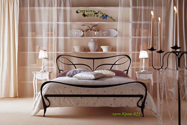 Кровати и диваны-021